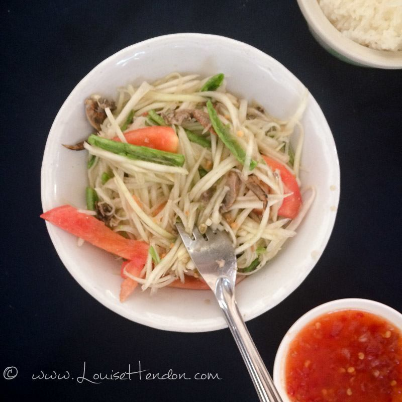 SP Chicken Chiang Mai Restaurant - Spicy Green Papaya Salad with Salted Crab