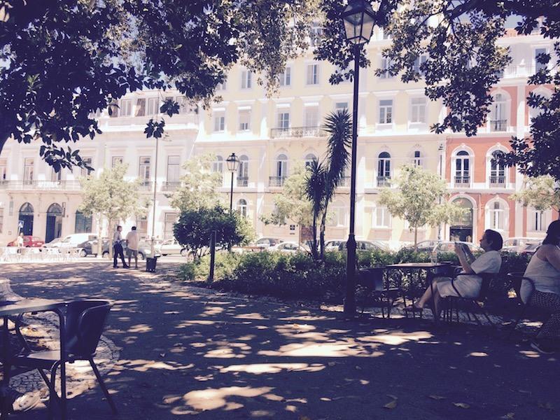 esplanada cafe lisbon principe real with wifi